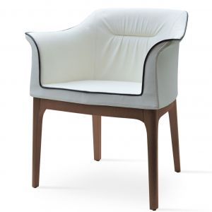London Armchair by sohoConcept