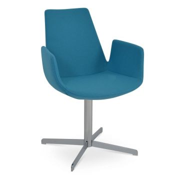 Eiffel 4 Star Swivel Armchair by sohoConcept