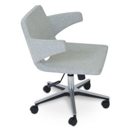 Nevada Office Armchair by sohoConcept