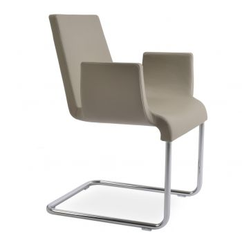Reiss Armchair by sohoConcept